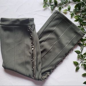 ARMY GREEN MIDI SKIRT WITH RING DETAILING